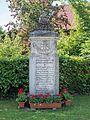 Weisendorf war memorial 17RM1670.jpg