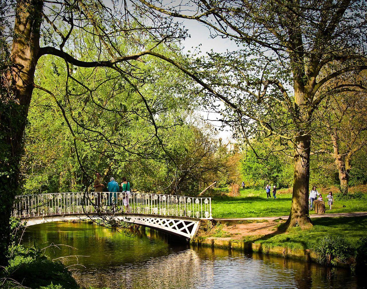 file white bridge  morden hall park jpg