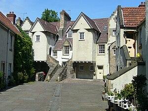 William Dick (veterinary surgeon) - White Horse Close, birthplace of William Dick