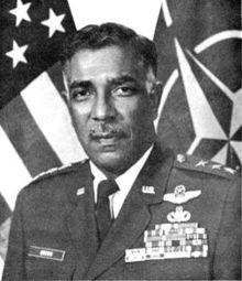 William Earl Brown LGEN USAF.JPG