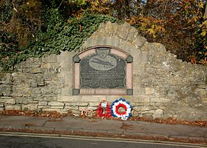 Wolvercote - RFC airmen's monument on the Toll Bridge