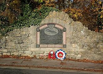 Wolvercote - RFC airmen's monument on the Toll Bridge