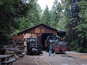 Yosemite Mountain Sugar Pine Railroad - Image: YMRR.Shops