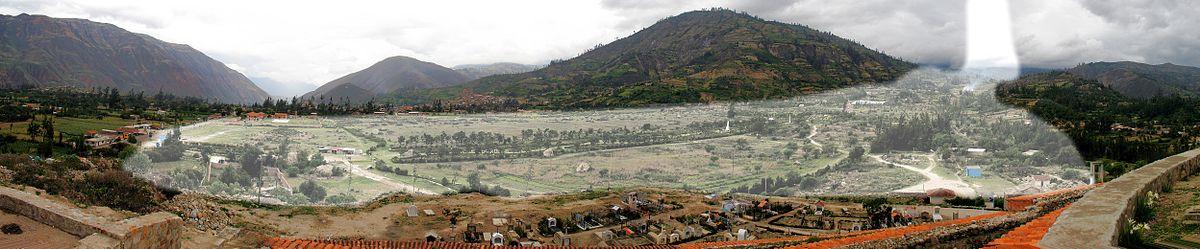 Yungay Viejo - location of landslide 1970.jpg