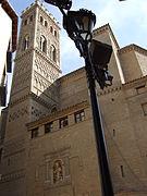 Zaragoza - San Gil Abad - Torre y fachada lateral 01.jpg