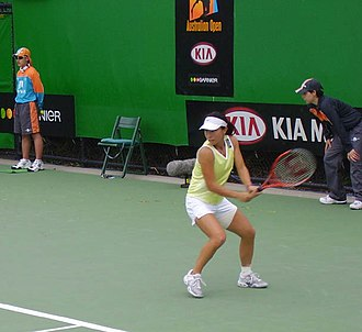 Zheng Jie - Zheng Jie at the first round of Australian Open 2005
