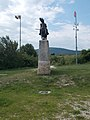 Árpád statue by Dávid Tóth, front, 2017 Pomáz.jpg