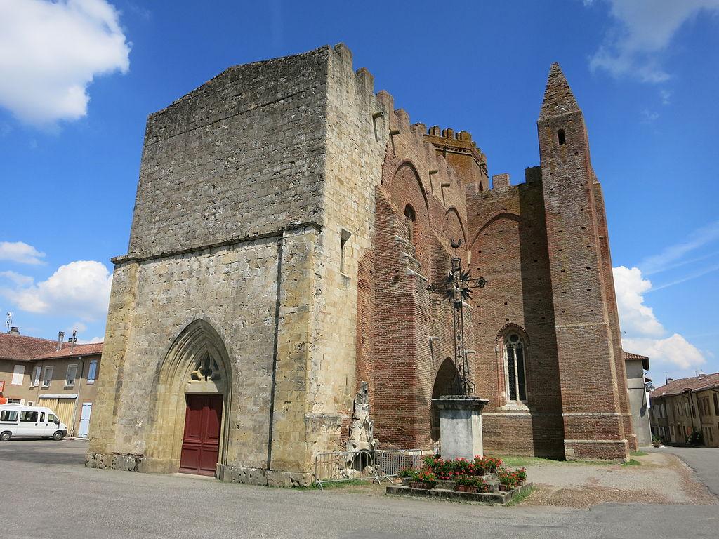 Église de simorre.JPG