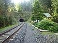 Špičácký tunel - severní portál se strážním domkem.jpg
