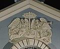 Ангелы над входом в Сампсониевский собор.jpg
