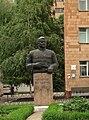 Пам'ятник-бюст генералу армії М. Ф. Ватутіну DSCF6295.JPG
