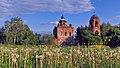Среди цветущих одуванчиков, Воскресенская церковь.jpg