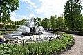 Фонтан Сноп, восточная часть Нижнего парка, Петергоф.jpg