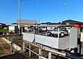 駅のホームから街並みを見る - panoramio.jpg