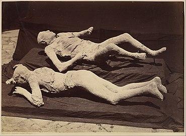 -Plaster Casts of Bodies, Pompeii- MET DP262064.jpg