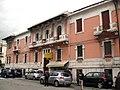 051 Edifici al Viale Giovanni Amendola 37, cantonada Piazza De Nava.jpg