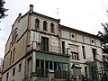 122 Casa Fèlix Fages, façana c. Caselles (la Garriga).JPG