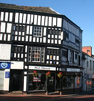 Nantwich Castle - A bend in the High Street traces the castle's outer wall