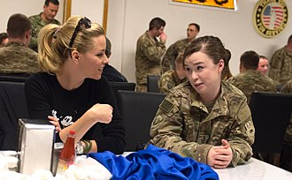 Elizabeth Banks - Banks has lunch with US service members during a USO visit at Bagram Air Base, Afghanistan in 2015