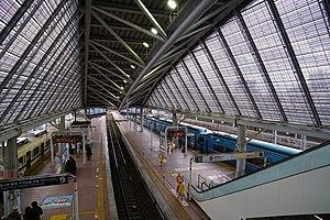 Odawara Station - Odakyu platforms
