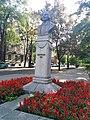 163. Пам'ятник М.В.Гоголю,пр. Яворницького.jpg