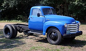 1953 Chevrolet 6100 duallie in blue, front right.jpg