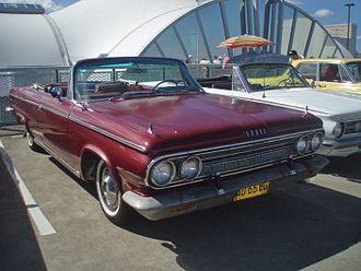 Dodge Custom 880 - Dodge Custom 880 convertible