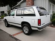 1993 GMC Jimmy (seen with a 2/3 drop)