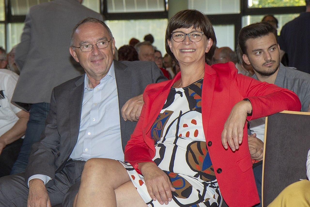 2019-09-10 SPD Regionalkonferenz Team Esken Walter-Borjans by OlafKosinsky MG 0453.jpg