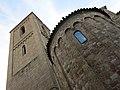 24 Sant Esteve de Parets del Vallès, campanar i absis.JPG