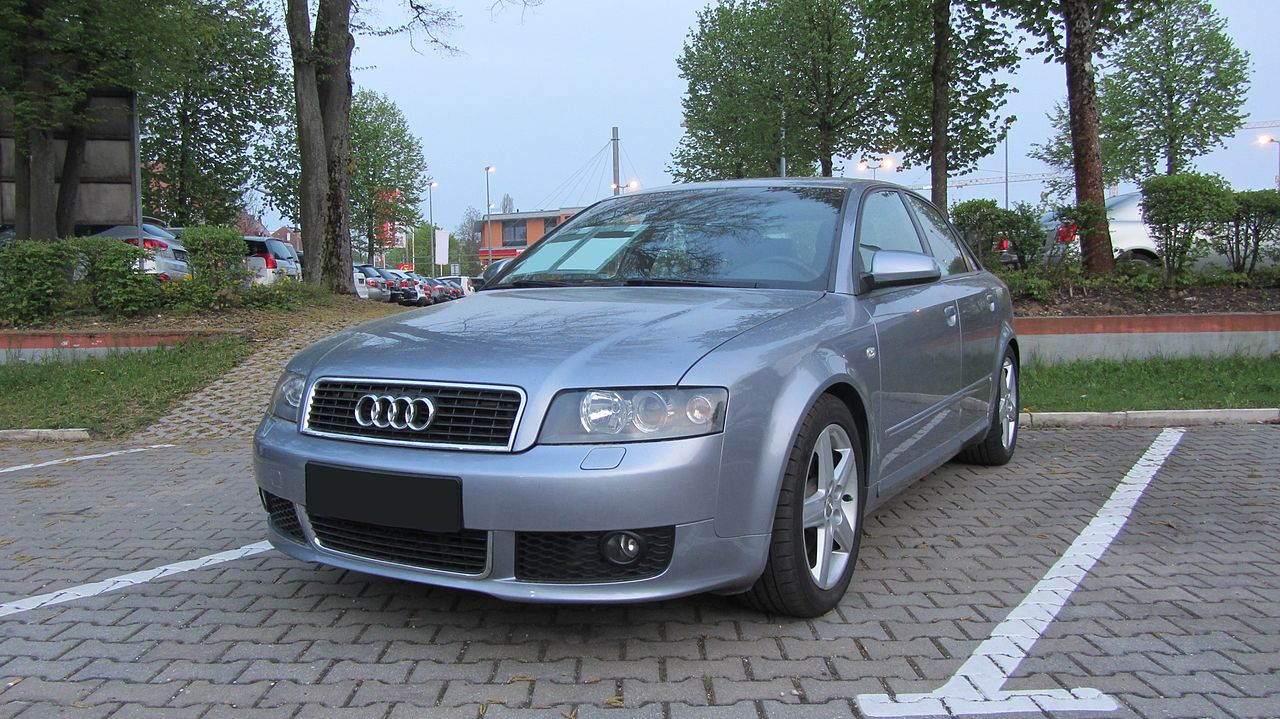 Audi Dolphin Grey Spray Paint