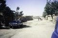 ASC Leiden - van Achterberg Collection - 6 - 032 - Une large rue sablonneuse entre des maisons basses de glaise - Agadez, Niger - janvier 2005.tif