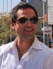 http://upload.wikimedia.org/wikipedia/commons/thumb/e/e2/AbhayDeolTIFFSept09.jpg/220px-AbhayDeolTIFFSept09.jpg