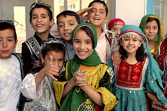 Outline of Afghanistan - Afghan boys and girls at Kabul