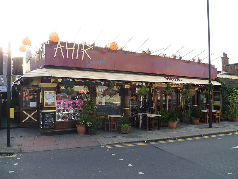 File:Ahir Lorenzos restaurant, Finchley 01.JPG