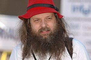Alan Cox - Image: Alan Cox at FOSS 2007