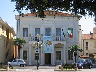 Alba Adriatica - The town hall.