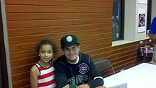 Albert Almora with a young fan 2013-08-20 00-58.jpg