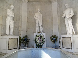 La Trinitaria (Dominican Republic) - Statues of the three founding fathers. From left to right: Francisco del Rosario Sánchez, Juan Pablo Duarte and Matías Ramón Mella.
