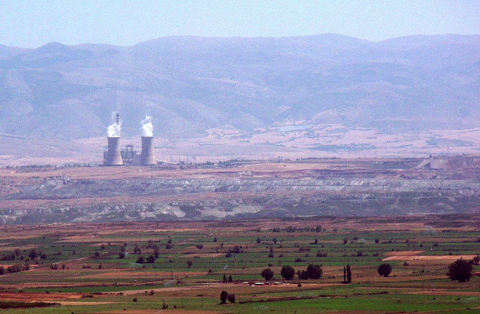 Amyndeo, Florina prefecture, Greece - Lignite power station and lignite mines - 01 cropped