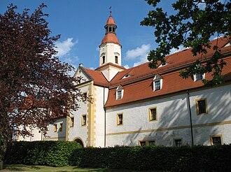 Annaburg - Image: Annaburg Vorderschloss