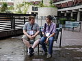 Anonymous Wikimedian and Simon Knight at Wikimania 2014 02.jpg