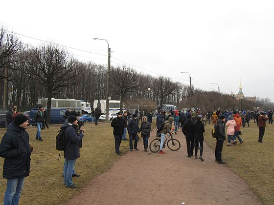 Anti-Corruption Rally in Saint Petersburg (2017-03-26) 30.jpg
