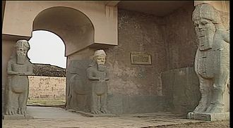 File:Archaelogical site of Nimrud (before destruction).webm