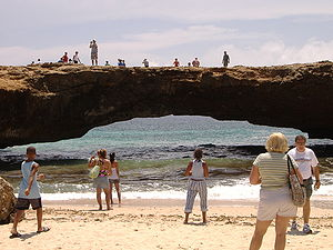 Geography of Aruba - Aruba's Natural Bridge in 2005, before its subsequent collapse due to coastal erosion