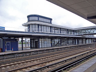 Ashford International railway station - Image: Ashford Intl station bldg