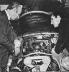 Augusto Cicaré con Juan Manuel Fangio.png