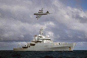 Australia–United Kingdom relations - Image: Australian Orion MPA Flying Over HMS Echo During Search for Malaysian Airliner MH370 MOD 45157505