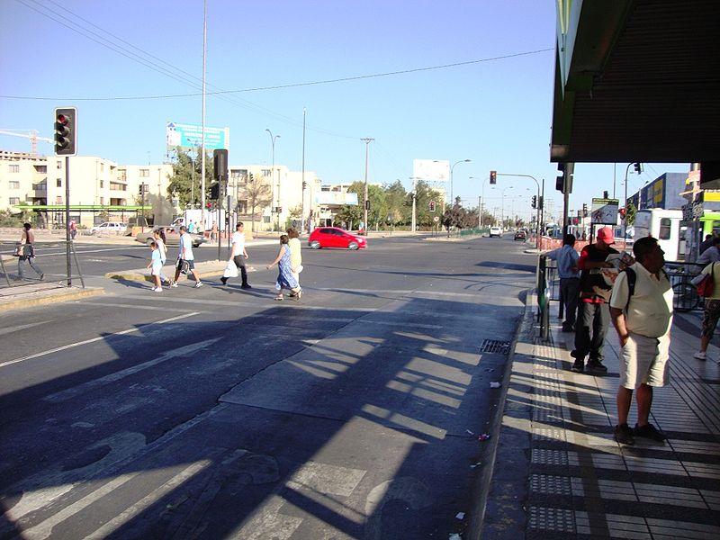 File:Avenida Las Rejas 2010.jpg