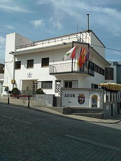 Ayuntamiento de Ador 02.jpg